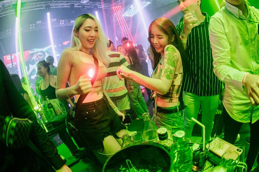 Chiang mai nightclubs and bars