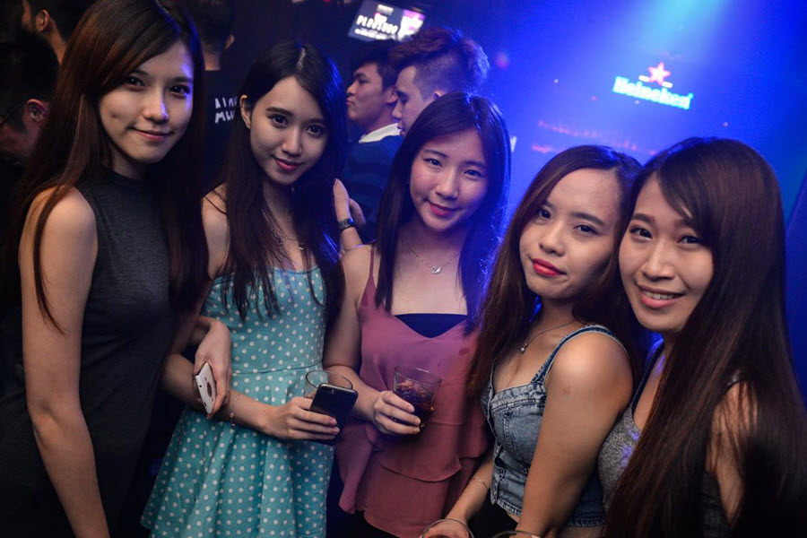 About Kuala Lumpur girls and their dating culture