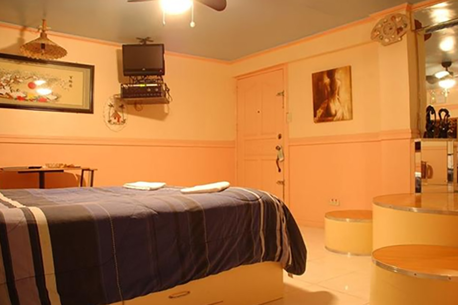 Guest friendly hotels in angles city