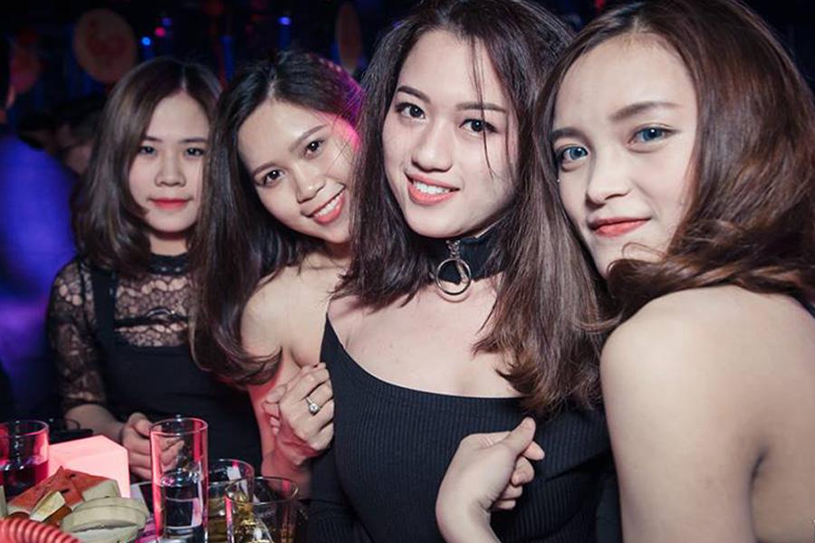 Nightclubs in Hanoi