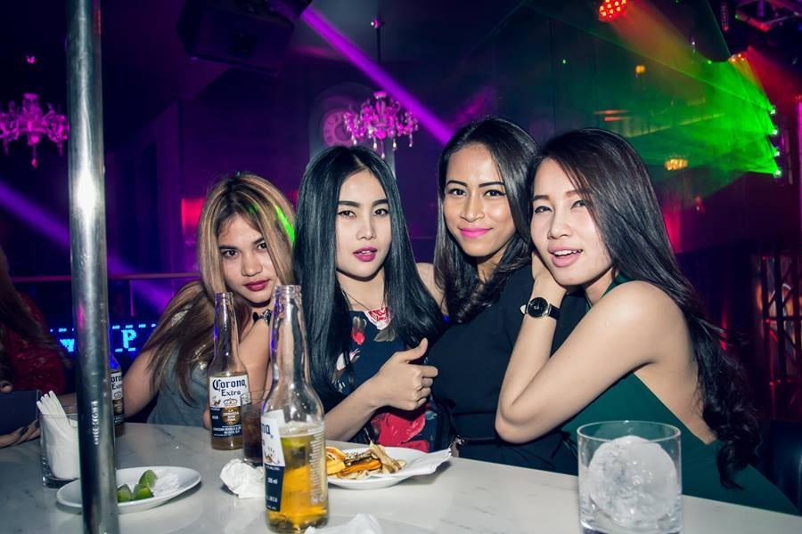 Pick Up Bars in Siem Reap