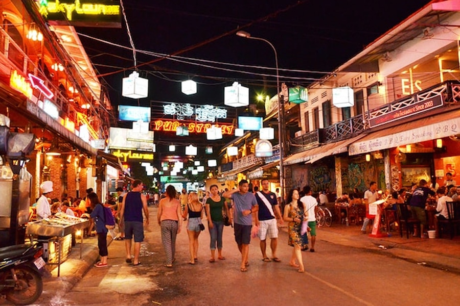 Siem Reap Streets to find hookers