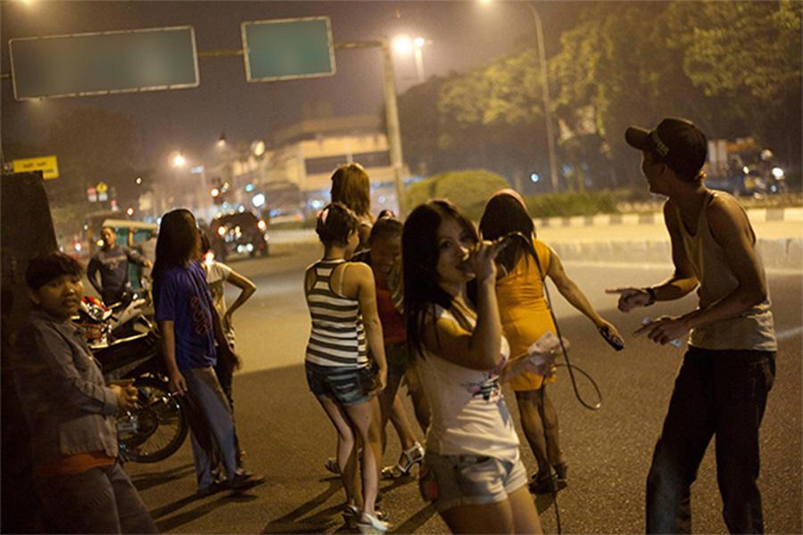Street hookers in indonesia