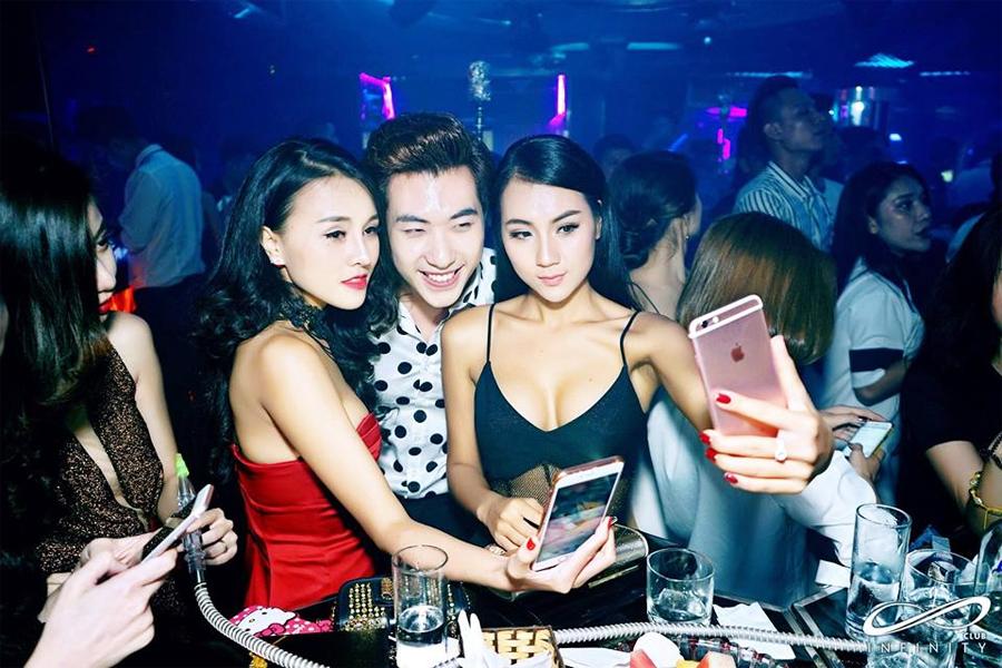 Nightclubs and Bars in taipei