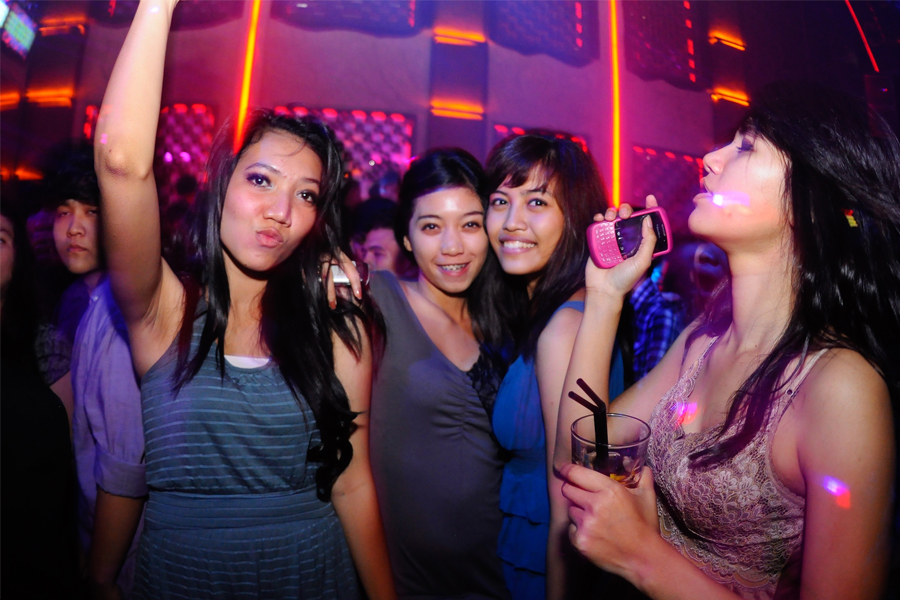 Bars and Nightclubs in Tokyo