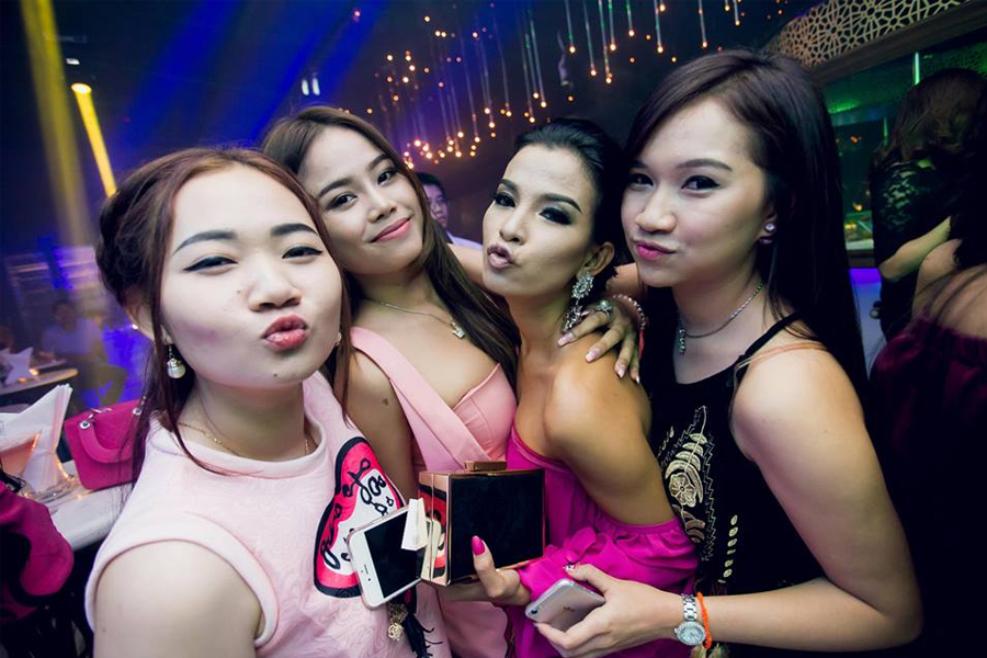 How to Get a Sexy Girlfriend in Krabi?