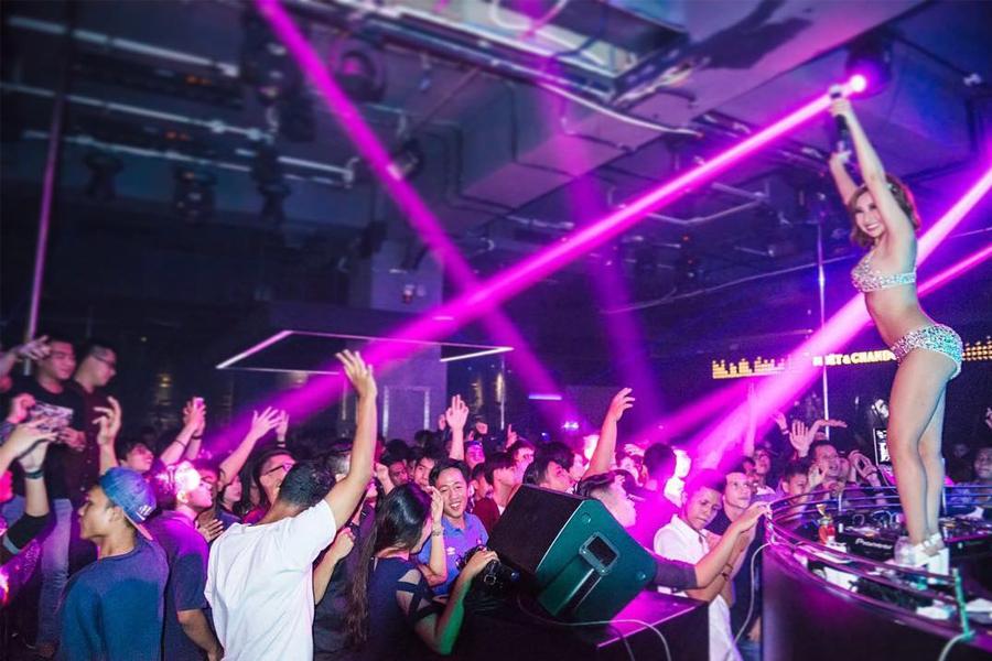 Karaoke Bars in Batam