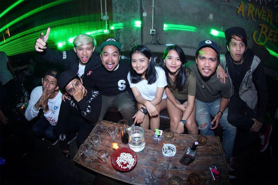NightClubs And Pick Up Bars in Bandung